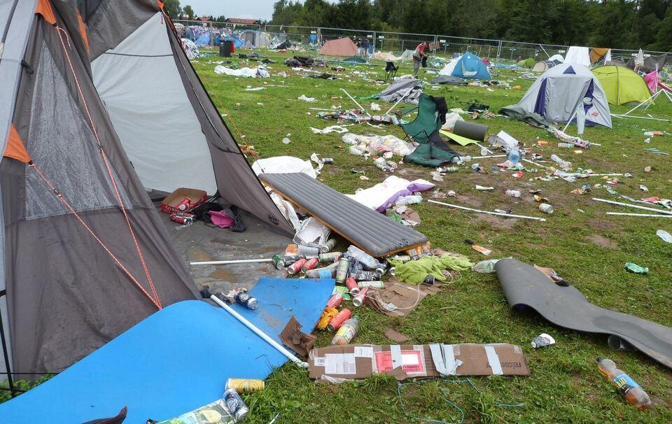 'Chiemsee-Summer-Festival' in Bayern abgesagt: Dutzende Verletzte durch Unwetter